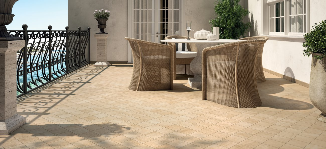 Garden tiles: natural stone-effect outdoor tiles