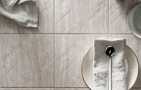 Piastrelle effetto marmo in gres porcellanato motif marca corona
